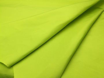 Wholesale green plain dyed polyester cloth material fabric
